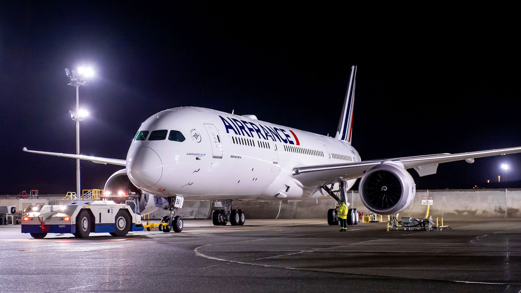 avión de air france estacionado