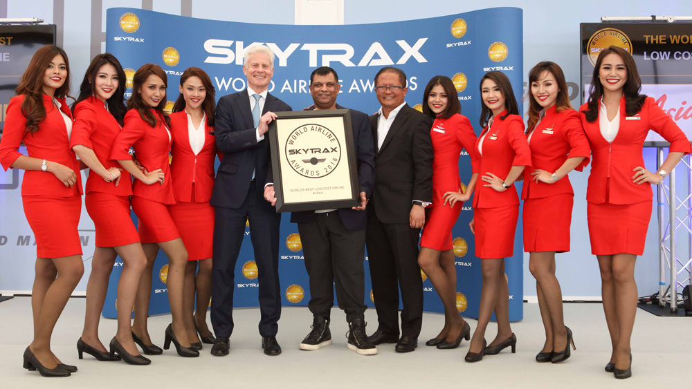 airasia triunfa en los world airline awards 2016